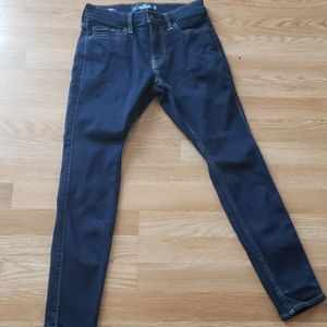 Men Hollister Jean's Size 28×28. Extreme Skinny.